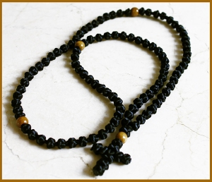black-100-knot